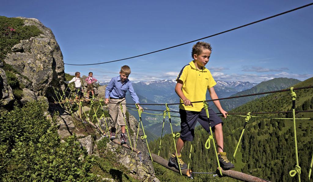 avventura-escursionismo-famiglia