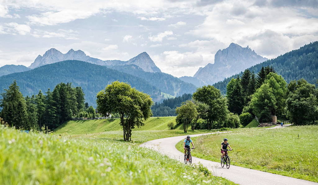 bike-path-hochpustertal-cycling tour